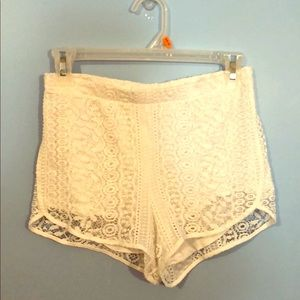 White lace shorts from Express size XS